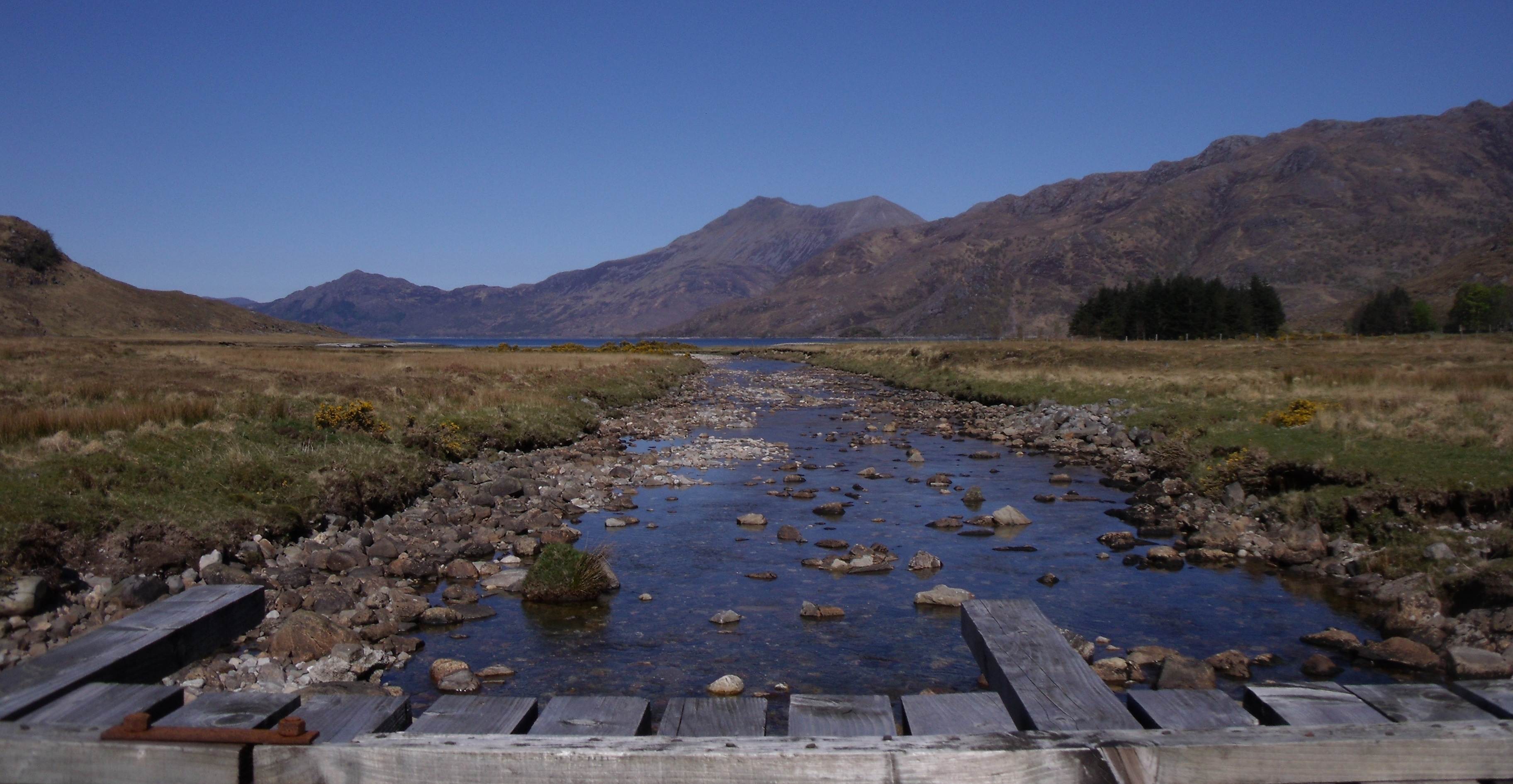 Le Loch Hourn, au loin