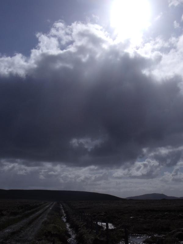 Le soleil entre les nuages...